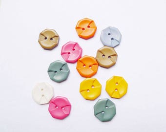12 buttons geometric off white yellow pink blue 17 Mm fancy