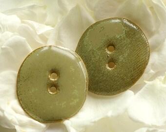 Button sewing - green lichen set of 3 round buttons