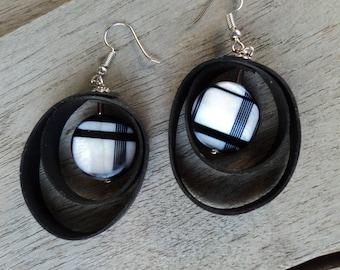 In inner tube recycled earrings and Pearl bead