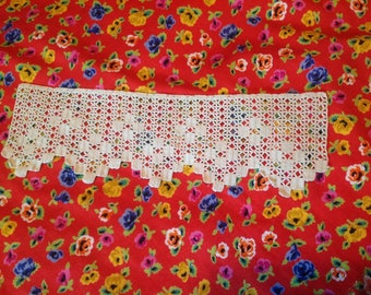 Crochet art piece, old, unbleached