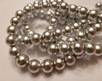 10 glass 8mm silver beads