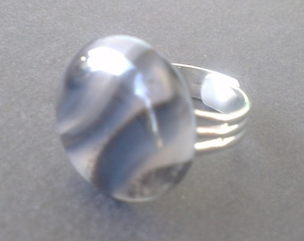 Black and transparent Brazil agate ring