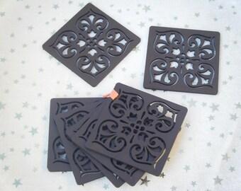 Wood coasters (coasters)