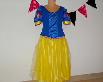 Blanche Neige Princess costume size 6-8 years
