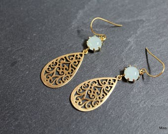 Drop earrings gold plated, pale green glass spacer