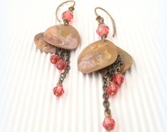 """Petals"" - pearls Swarovski padparadsha - brass earrings"