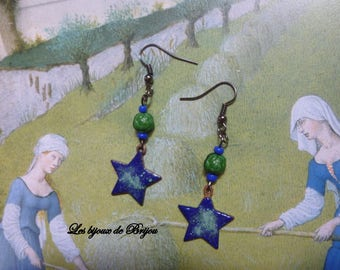 Copper enameled star-shaped earrings and Czech glass beads