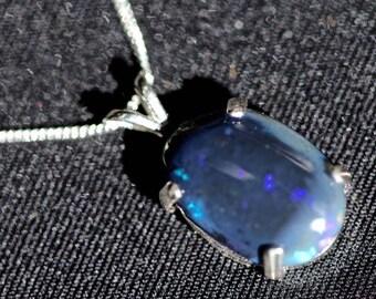 opal pendant set in silver