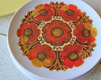 Set of 5 Funky Floral Vintage Melmac Plates Camping-Picnic-Summer Party