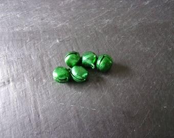 Set of 5 large shiny bells green 13, 5 x 11, 5mm
