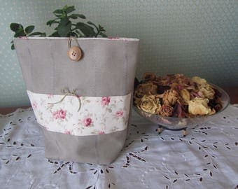 Canvas lined gift bag cotton floral (roses)