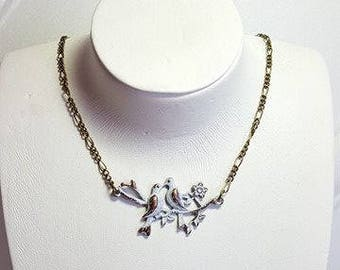 Necklace with birds
