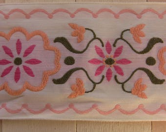lace embroidered vintage salmon pink and green 6.5 cm wide sold by the yard