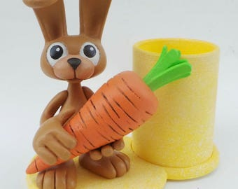 Pencil holder Bunny with carrot