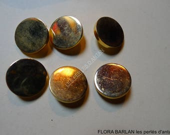 6 vintage buttons hight quality