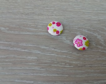 Set of 2 fabric covered round buttons