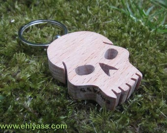 Skull key chain / solid 2 wooden pirate skull made of fretwork