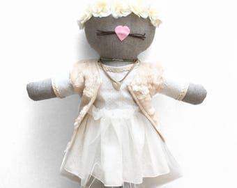 Fiji, the linen cat doll