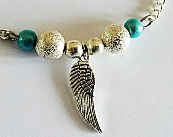 Bracelet thin minimalist silver chain and turquoise blue beads