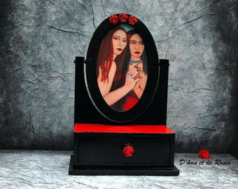 Baroque red and black mirror vanity for jewelry