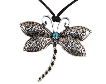 Pendant necklace dragonfly
