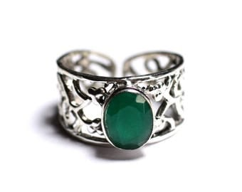 N224 - 925 sterling silver ring and stone - Emerald faceted oval 9x7mm