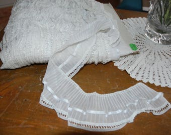 application of pleated for couture veil