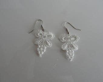 Simple white lace applique Stud Earrings
