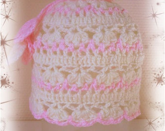 Baby: openwork Beanie pink and white 9/18mois(voire 24 mois)