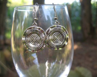 Earrings Tibetan style round