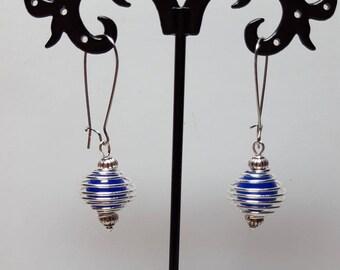 Midnight Blue Pearl Earrings spiral