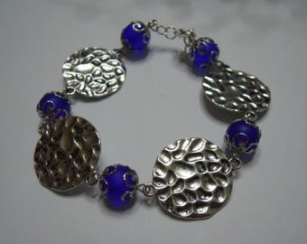 Royal Blue frosted glass beads and bracelet