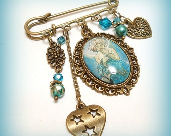 "Retro glass cabochon brooch ""Mucha - the Moon!"""