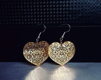 Earrings - acrylic heart-gold engraved mirror