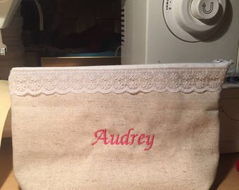 hand clutch with kN stripe, handmade and personalized with an embroidered name