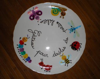 Painted porcelain 'critters birthday' pie plate