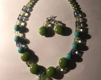 Necklace Green Beads with Earring