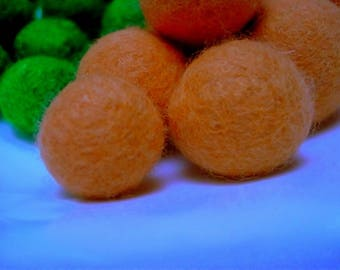 felted wool bead, Pink salmon, Merino, 15 mm