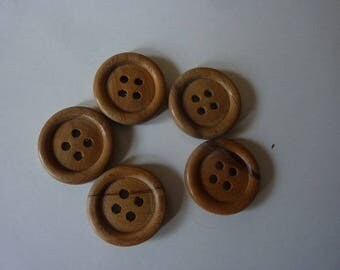 10 genuine 17 mm in diameter, thickness 4 mm wooden buttons