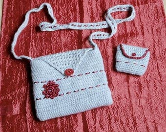 Bag shoulder strap and purse crochet beige and Burgundy shell shape