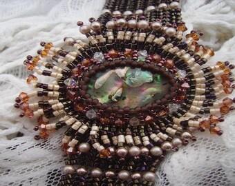 Embroidery of autumn bracelet