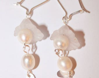 Earring dangle of pearls and silver Sterling