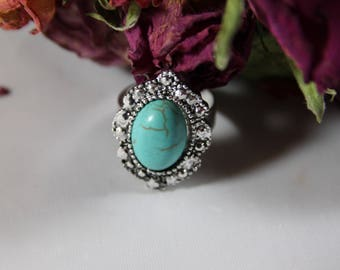 Turquoise cabochon silver plated ring
