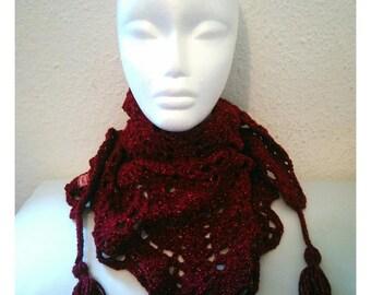 Cheich femme (écharpe triangulaire) au crochet couleur bordeaux