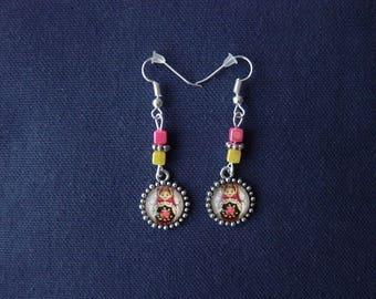 Red matryoshka earrings beige