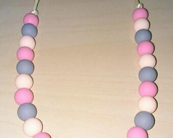 Babywearing necklace / breastfeeding. Silicone beads