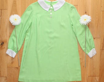 Gorgeous Original Vintage 60s Lime Green and White Collar Button Front Shift Dress With Long Sleeves UK Size 14/16