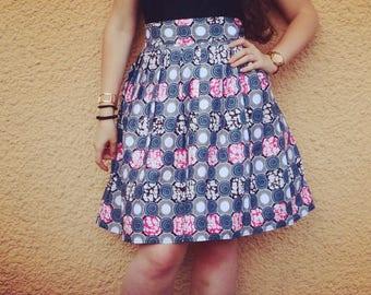 high waist pleated skirt in wax