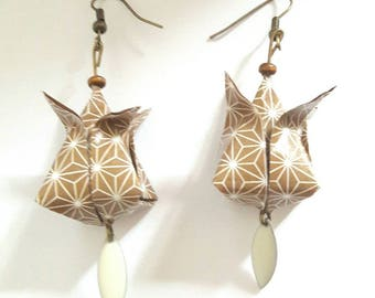 Origami - bud earrings Lotus coffee cream Japanese paper and white stems-bronze