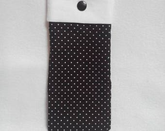 Black glasses pouch with white dots